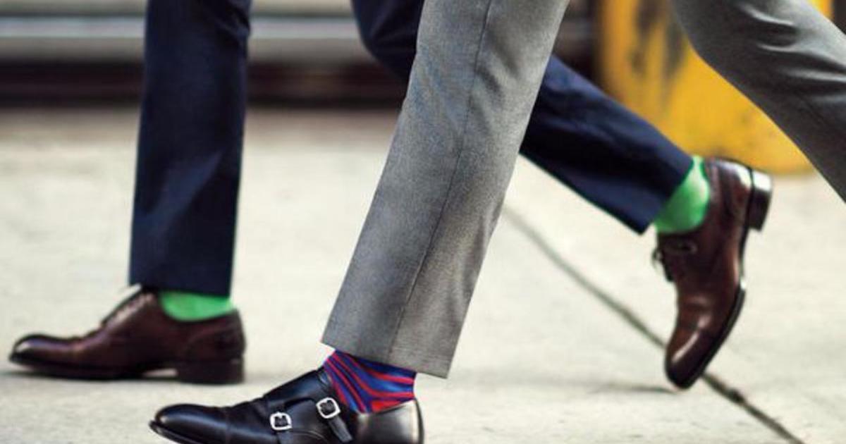 Носки в сочетании с укороченными брюками